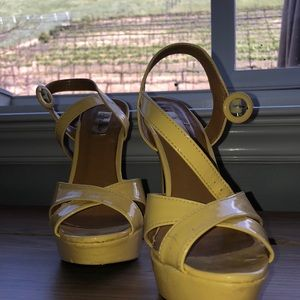 Promise Shoes - Yellow high heels from promise, size 7